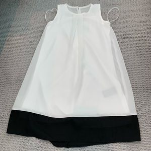 BCX Size 6 White and Black Dress